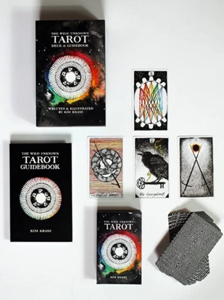 Caja y libro de la baraja del Tarot Wild Unknown
